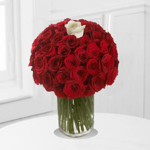 Bold Bouquet ( 101 Roses )
